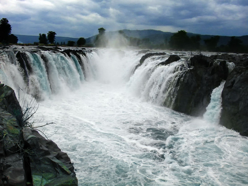 Kutralam | Best Tamil Nadu tour operators in Bangalore, Karnataka, India
